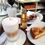 Kuchen-Kaffeegedeck
